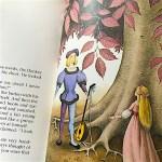『ロバのおうじ』王子が変身する挿絵の写真