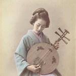 古写真「月琴の弾く女性」月琴で綴る龍馬の手紙イメージガール