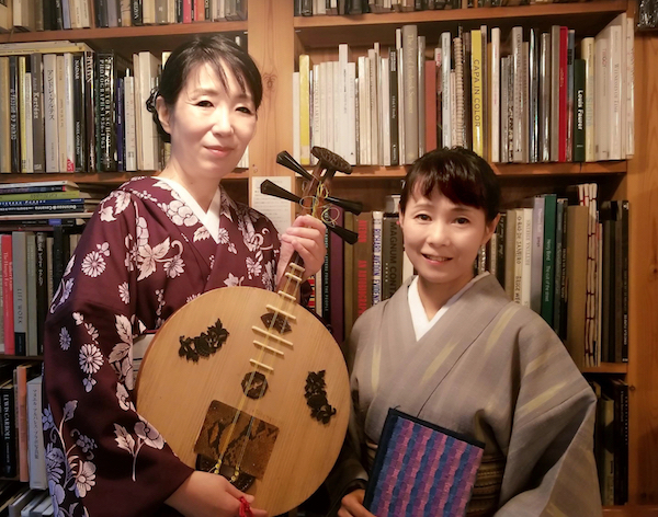 永田斉子(月琴)と原きよさん(朗読)めぐたまにて