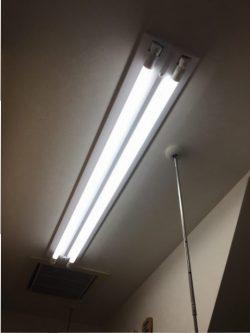 ユーティリティーの照明