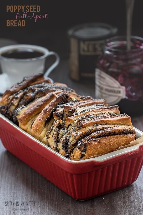 Poppy-Seed-Pull-Apart-Bread | www.seitanismymotor.com