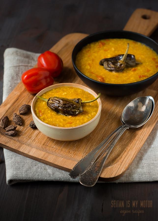 lentil soup | www.seitanismymotor.com