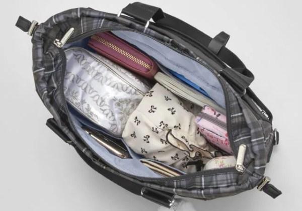 ポケット充実なカナナタータンライトのメインポケット