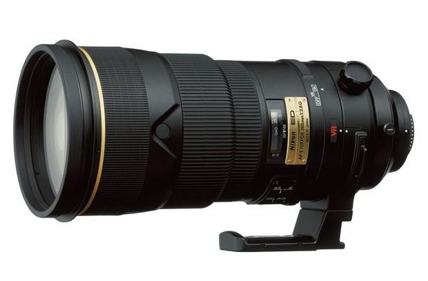 利益75,000円でした。Nikon Nikkor AF-S 300mm f/2.8G ED VR