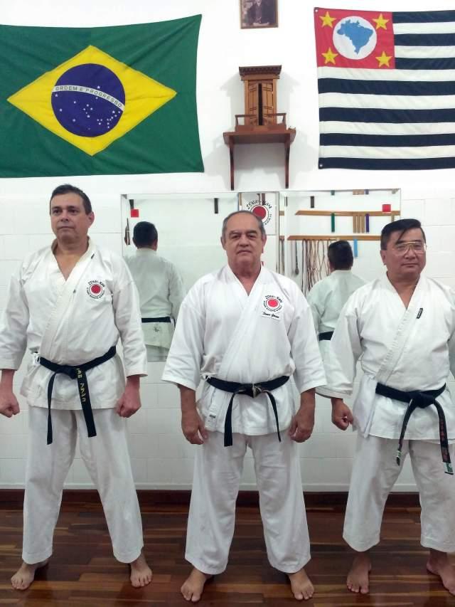academia-sekaika-karate-shotokan-sensei-gerson-carlos-Carlos-de-Almeida-instrutor-Alencar-Franco-e-Yoshihiko-Uehara