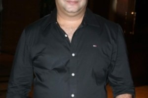 Suresh Menon Wife, Father, Mother Family Pictures, Biography