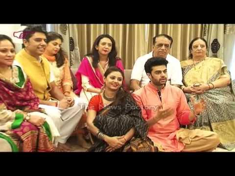 Manish Paul Family, Wife, Biography, Child Photos