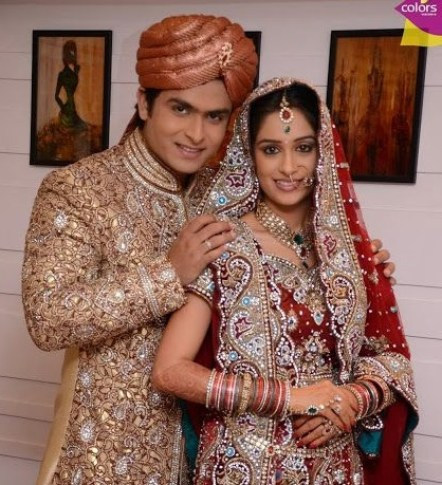 Deepika Samson Family Photos Husband, height, Wedding