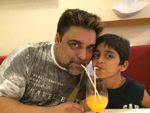 Ram Kapoor Family Pics, Father, Wife Name, Son, Daughter, Biography