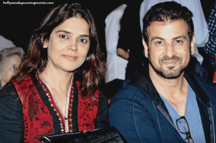 Ronit Roy Family Photo, And Mother Name, Wife, Age