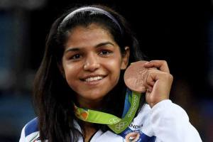 Sakshi Malik Family Background, Father, Mother, Husband, Age, Biography