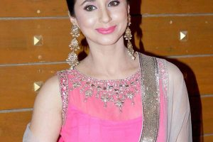 Urmila Matondkar Husband, Family Photos, Father, Mother Name, Date of Birth