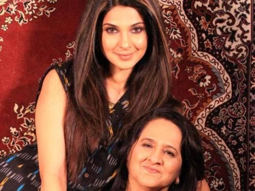 Jennifer Winget Family, Father And Mother, Husband, Age, Biography
