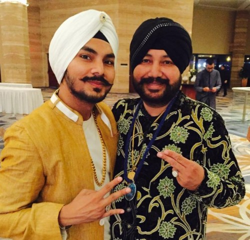 Gurdeep Mehndi Family Photos, Father, Wife, Wedding, Age, Biography