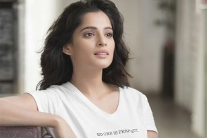 Priya Bapat Family Photos, Husband, Mother, Father, Age, Biography