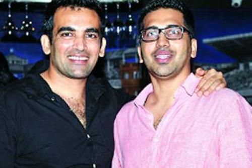 Zaheer Khan Family Photos, Father, Mother, Brother, Wife, Age, Height,