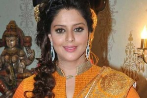 Actress Nagma Family Photos, Husband, Father, Mother, Age, Height, Sisters, Bio