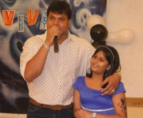 Dayanand Shetty Family Photos, Father, Mother, Wife, Daughter, Biography