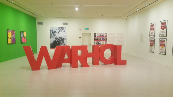 Andy Warhol Exhibition - SekiCottages.com