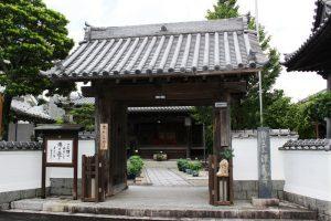 唐津・浄泰寺の山門