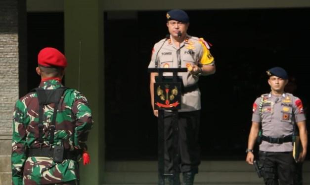Pelihara Sinergitas, TNI-POLRI Gelar Upacara Bendera di Mako Group 1 Kopassus
