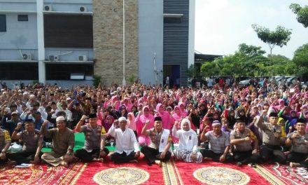 Kapolresta Tangerang Ajak Ratusan Masyarakat Kurang Mampu Makan Bersama
