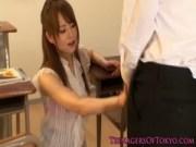 吉沢明歩が教室で汗だくセックスのえっくすヒデオ