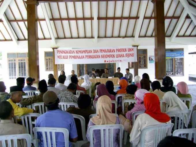 Contoh Notulen Rapat Desa