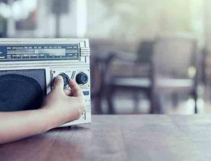 Contoh Surat Lamaran Kerja Berdasarkan Iklan Radio