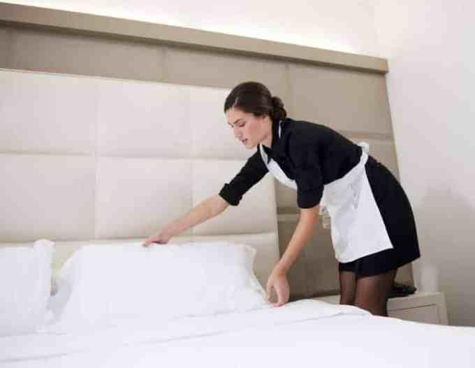 Contoh surat lamaran kerja di hotel sebagai cleaning service