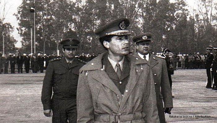 https://upload.wikimedia.org/wikipedia/commons/b/b1/Libya_1974_e.jpg