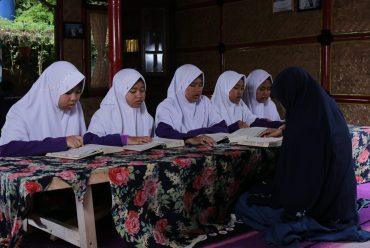 Keunggulan Seorang Penghafal Al Quran