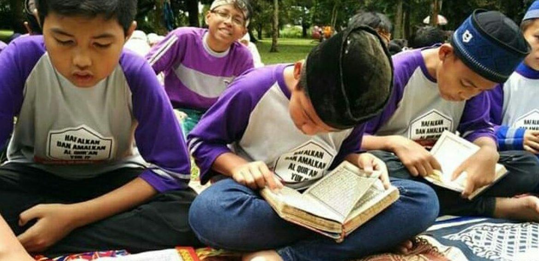 Pentingnya Dzikir untuk Menghafal Al Qur'an