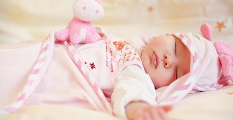 Заговоры чтобы грудничок хорошо спал: 2 варианта