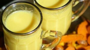 zlote mleko - napoj z kurkuma