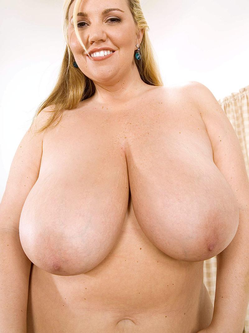 Dating meisjes met grote borsten