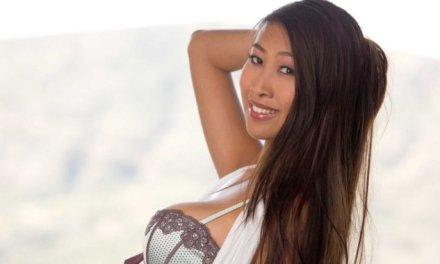 Sharon Lee, Aziatische schoonheid met grote borsten