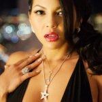 Adrianna Luna, exotische schoonheid, met een heerlijk lichaam