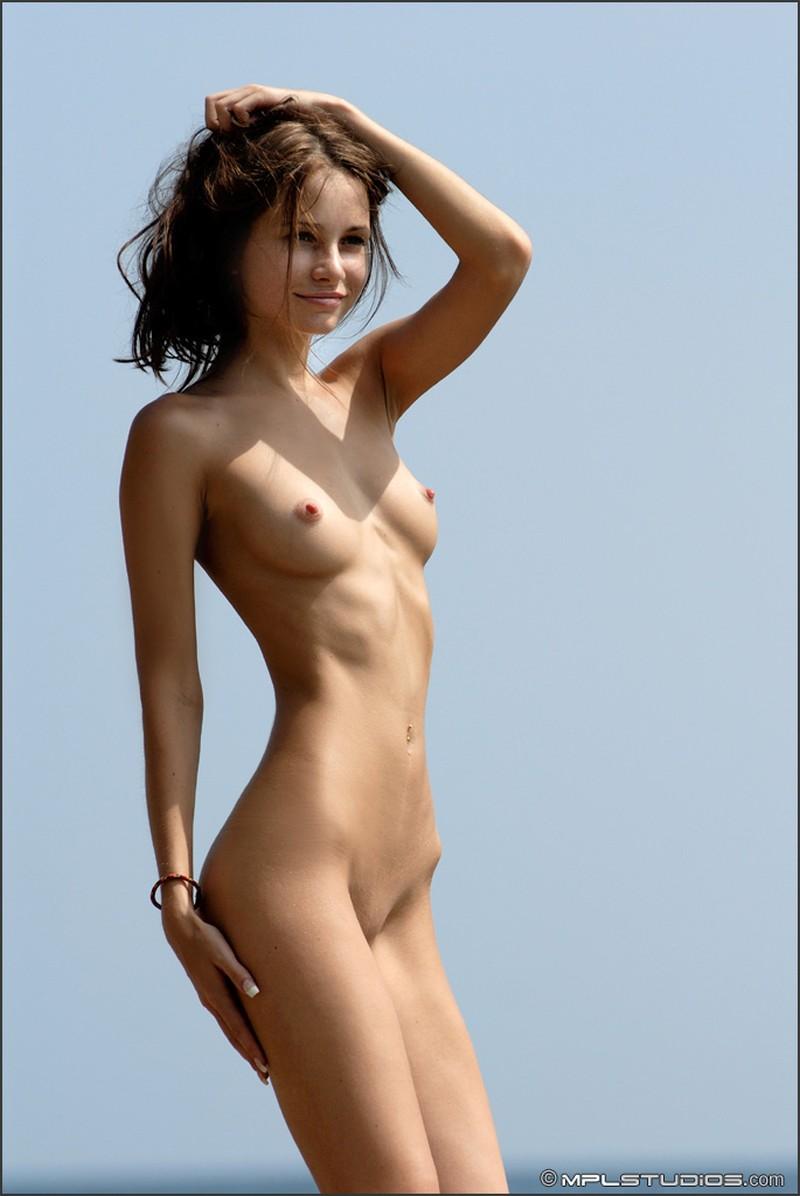 anya chapman nude
