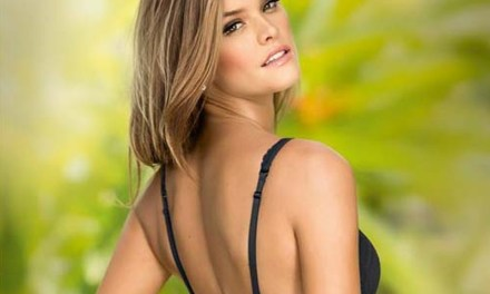 Nina Agdal, sexy in lingerie van Leonisa