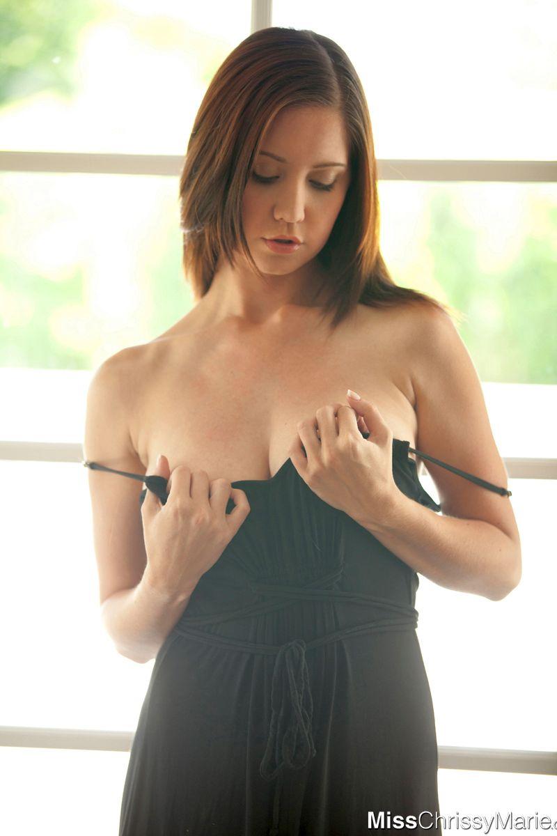 chrissy-marie-brunette-grote-borsten-naakt-03