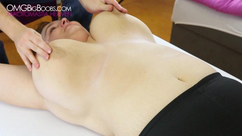professioneel vrouw enorme borsten