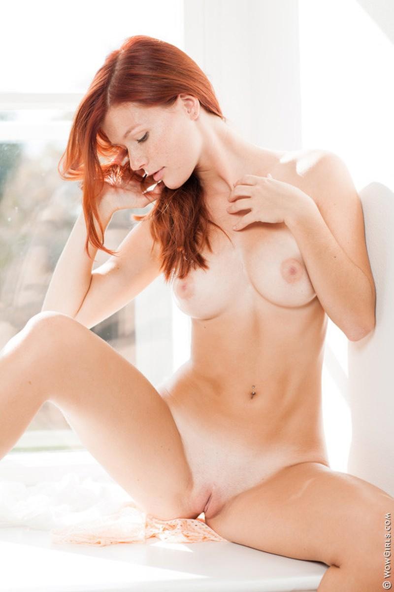 seks met mia rood haar sproetjes en mooi bloot