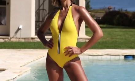 Jessica Alba, MILF, erg sexy in strak badpak en bikini
