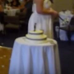 Deze vrouw wil heel erg graag gaan trouwen