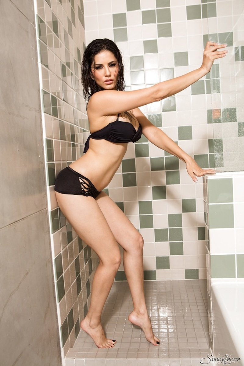 from Samuel wwe sunny nude in the shower