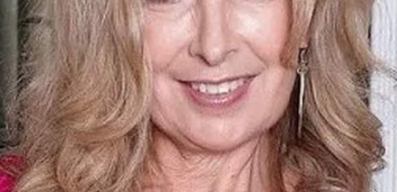 Mooi mature vrouw, 51 jaar, wil een spannend weekend