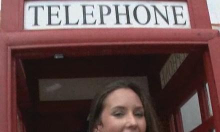 Masturberen in een telefooncel 