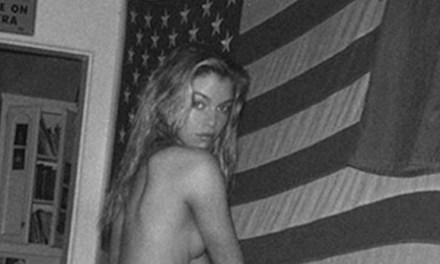 Stella Maxwell naakt op Instagram