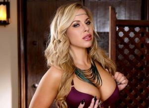 Olivia Austin is gewoon geil en een kapster moet rekening houden met inbrekers